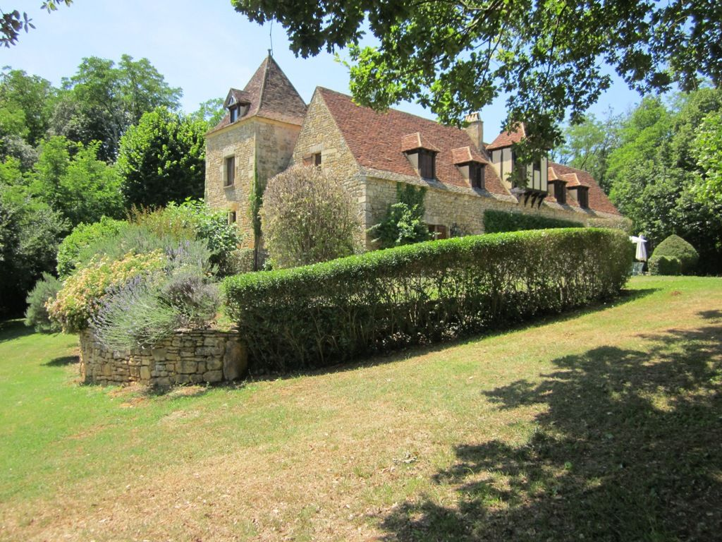 19th century périgourdine country house with swimming pool and 1.4ha