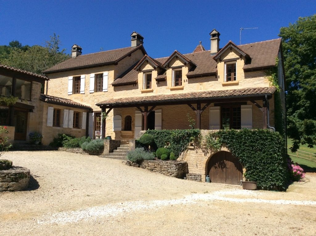 Sympathetically restored farmhouse with gite, swimming pool and 7.6ha