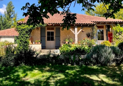 Restored farmhouse with attached gite, large garden and natural swimming pool