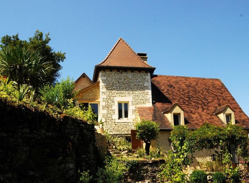 18th century perigourdine house with gite and swimming pool