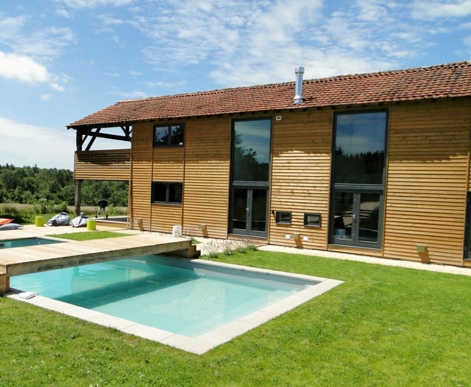 Stunning contemporary barn conversion with swimming pool