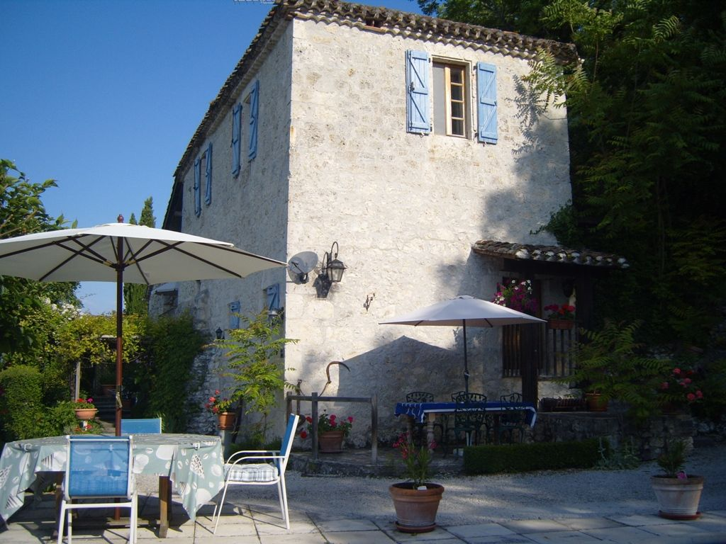 18th century village house with guest annexe and swimming pool