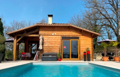 Three bedroom chalet with swimming pool and 1.9ha