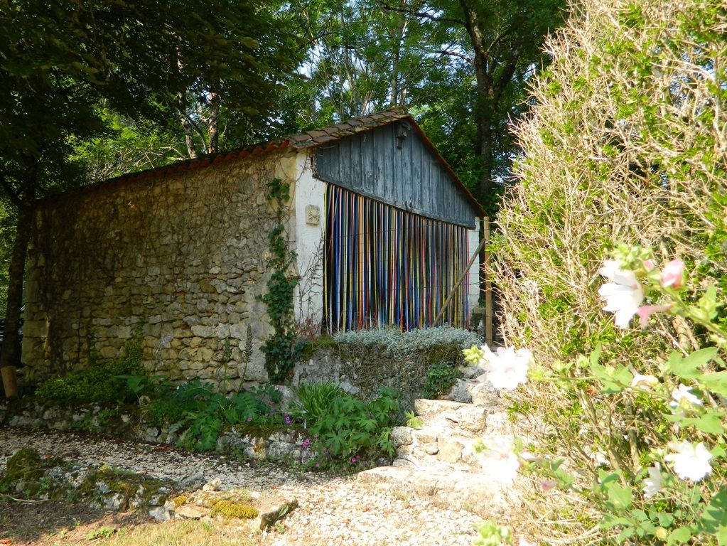 18th century périgourdine cottage with swimming pool and garden