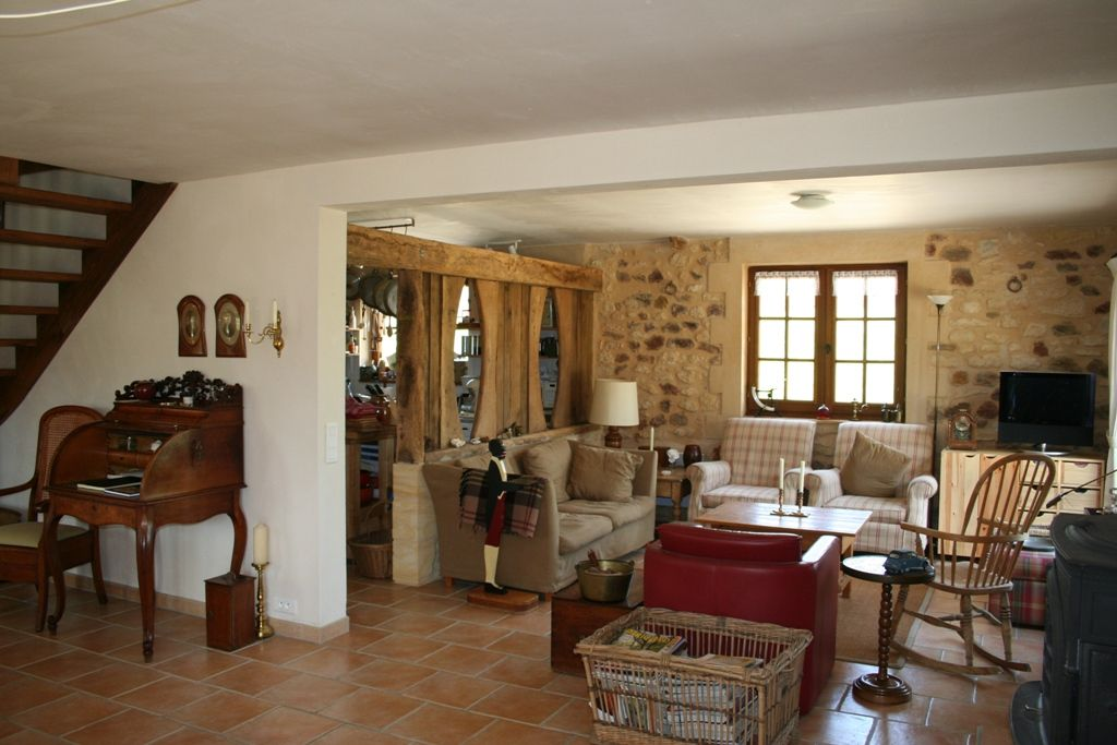 Chambres d'hotes with 2 gites, swimming pool and 6.5ha