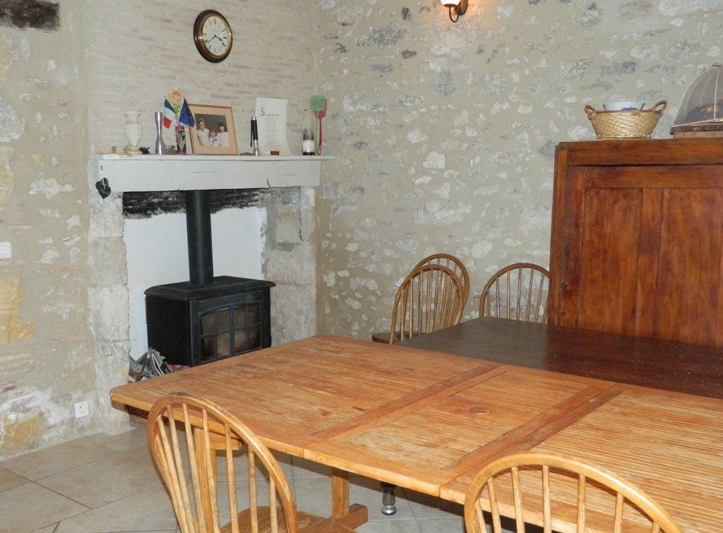 17th century farmhouse with outbuildings, swimming pool and 2ha