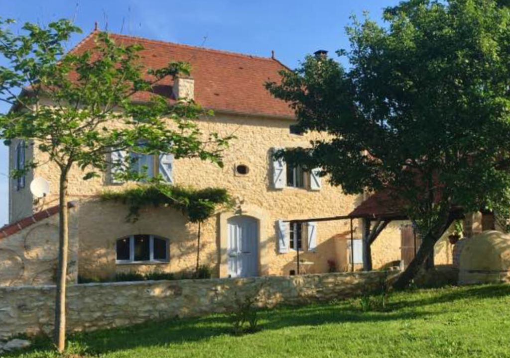 Exceptional 18th century périgourdine farmhouse with 1.4ha