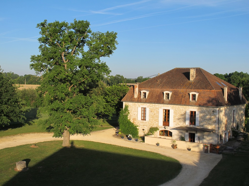 Substantial Maison de maitre with barns, swimming pool and 4.4ha